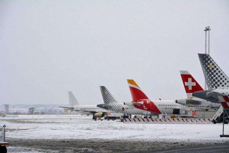 Procura do transporte aéreo aumentou 7,6% a nível mundial em fevereiro