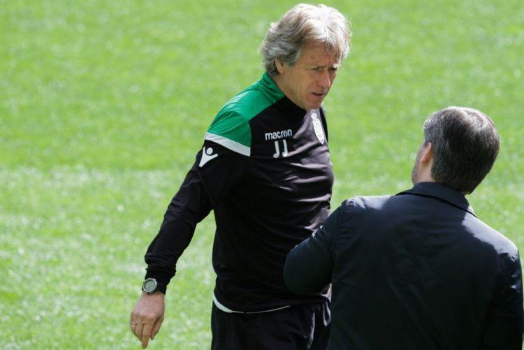 Bruno de Carvalho assegura que Jorge Jesus vai continuar no Sporting