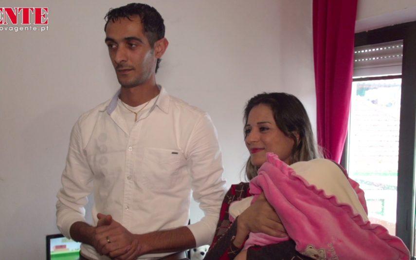 Casal de refugiados sírios teve bebé em Portugal Conheça a história impressionante deste casal