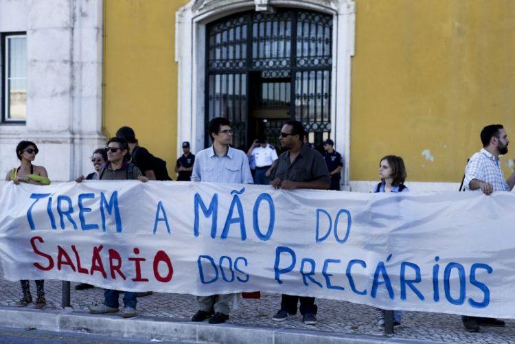 Precários do Estado concentram-se em Lisboa e Porto pela concretização do PREVPAP
