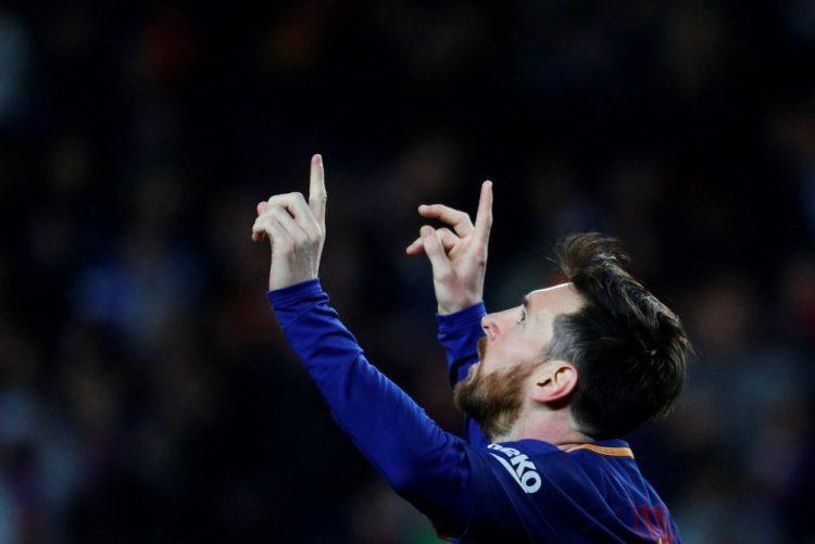 'Hat-trick' de Messi conduz FC Barcelona a vitória recorde