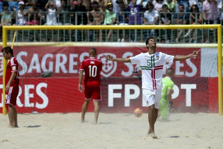Mundialito de futebol de praia de 2018 realiza-se na Costa de Caparica