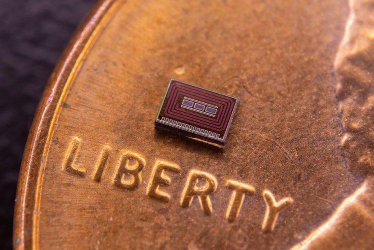 Agora existe um chip implantado sob a pele que monitoriza o consumo de álcool