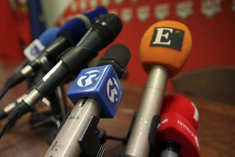 Metade dos jornalistas tem contratos de trabalho precário - inquérito