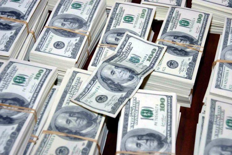 Sócio do filho do ex-PR angolano demarca-se de transferência de 500 milhões de dólares