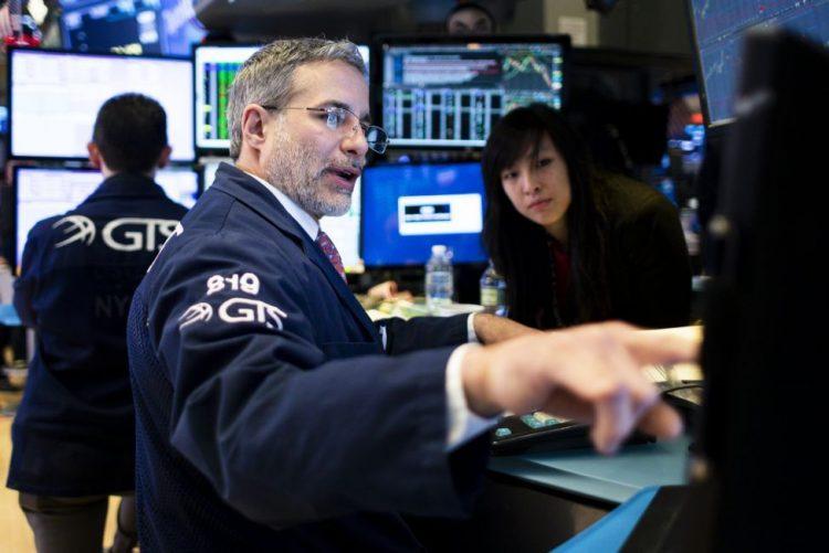 Wall Street segue em alta com subida dos lucros de bancos
