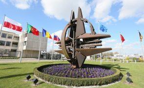 NATO apoia ataque conjunto dos EUA e aliados na Síria