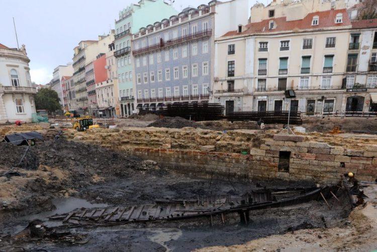 Campo das Cebolas, em Lisboa, reabre hoje requalificado com concertos