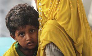 Primeira família de muçulmanos rohingya regressou à Birmânia - governo