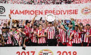 PSV Eindhoven recupera título holandês ao derrotar rival Ajax