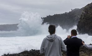 Depressão Irene afeta Açores com vento forte e agitação maritima