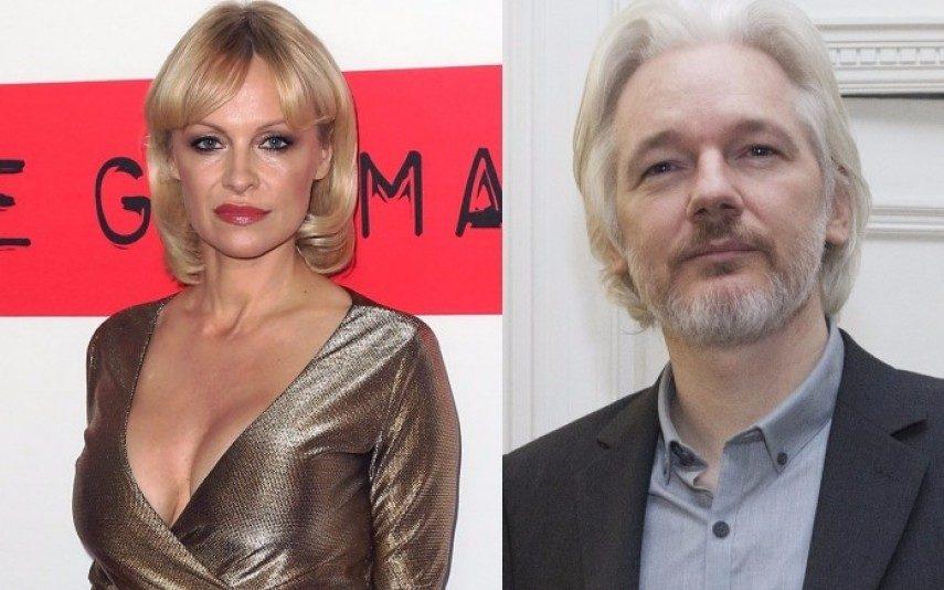 Pamela Anderson e Julien Assange Namoro à vista?