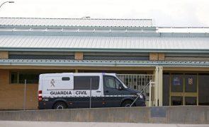 Velejador português aliviado por estar em liberdade depois de passar