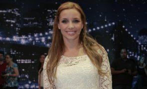 Luciana Abreu voa até ao Vaticano sem as gémeas
