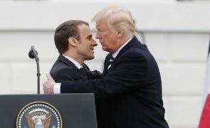Trump, ao lado de Macron, diz que acordo nuclear com Irão é