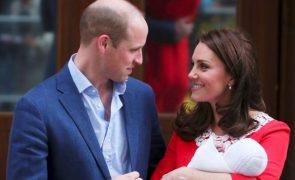 Bebé real inglês vai ser batizado em julho