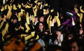 Portugal reduz taxa de abandono escolar e aumenta a de licenciados em 2017