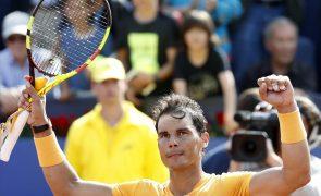 Tenista Rafael Nadal nos 'oitavos' de Barcelona, com 38 'sets' sempre a ganhar