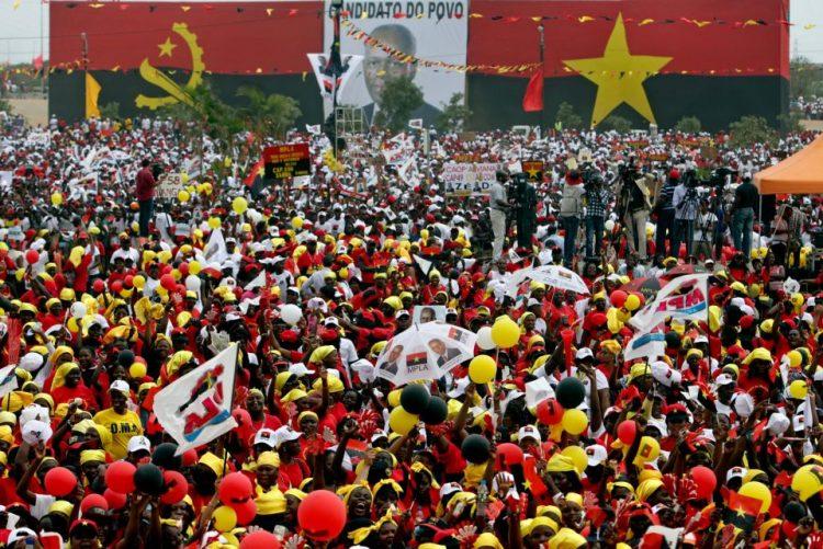 Partido Comunista do Vietname em Luanda para reforço das relações com MPLA