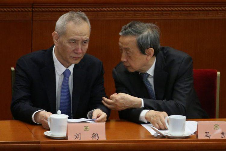 Encarregado da política económica da China visita Washington na próxima semana