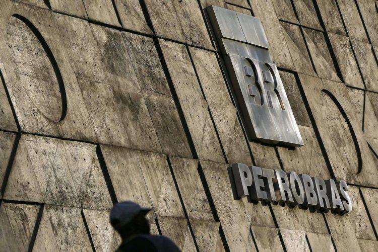 Petrobras anuncia lucro de 1,6 mil milhões de euros no primeiro trimestre do ano