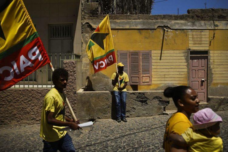 Oposição cabo-verdiana propõe processo de legalização dos imigrantes da CEDEAO