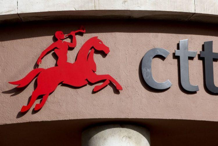 Regulador das comunicações determina descida de preços dos CTT