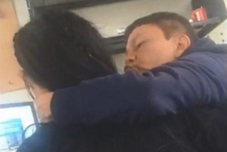Estudante grava vídeo para provar abuso sexual de professor [vídeo]