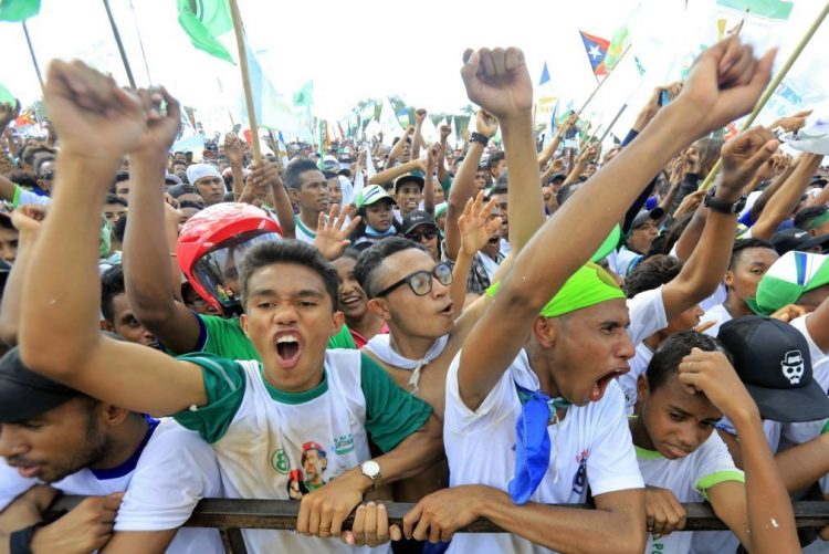 Milhares em marcha da paz pela unidade nacional antes da votação em Timor