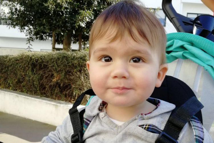 Luís Filipe Menezes derretido com filho bebé [fotos]