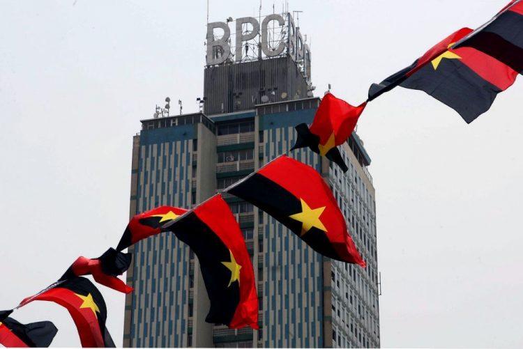 Angola diz aos investidores que dívida pública ultrapassa 70% do PIB em 2018