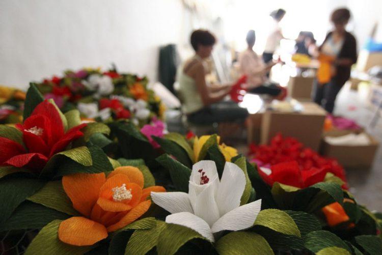 Flores de papel feitas à mão em Campo Maior chegam ao Japão