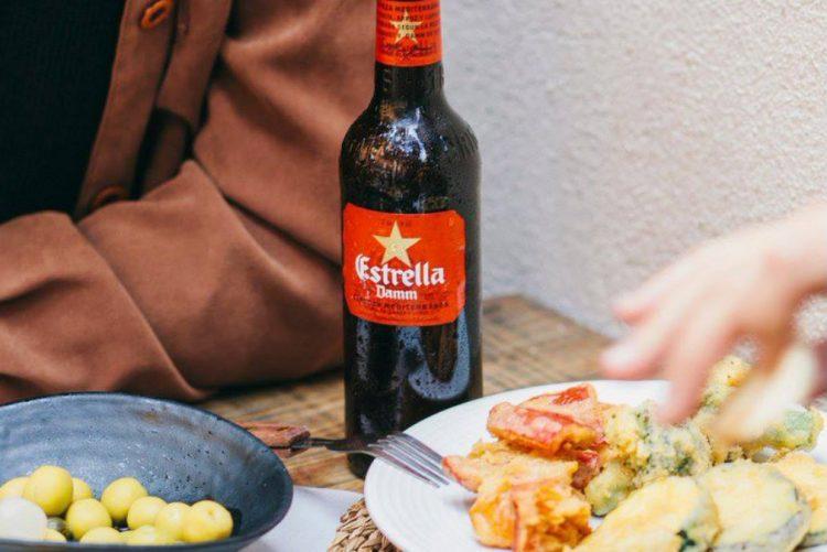 Está de volta a rota de tapas onde pode comer e beber cerveja por... 3 euros!