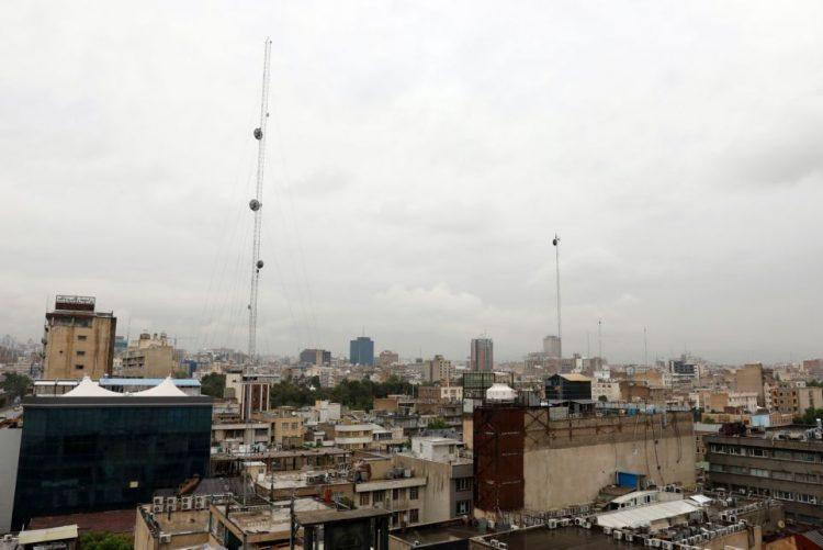 EUA anunciam primeiras sanções a Teerão após saída do acordo