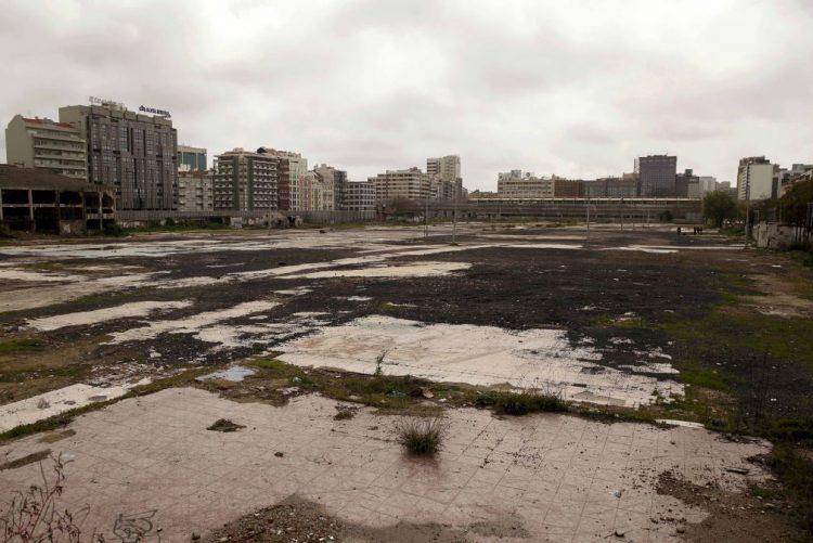 Terrenos da antiga Feira Popular serão suporte financeiro para 700 casas de renda acessível