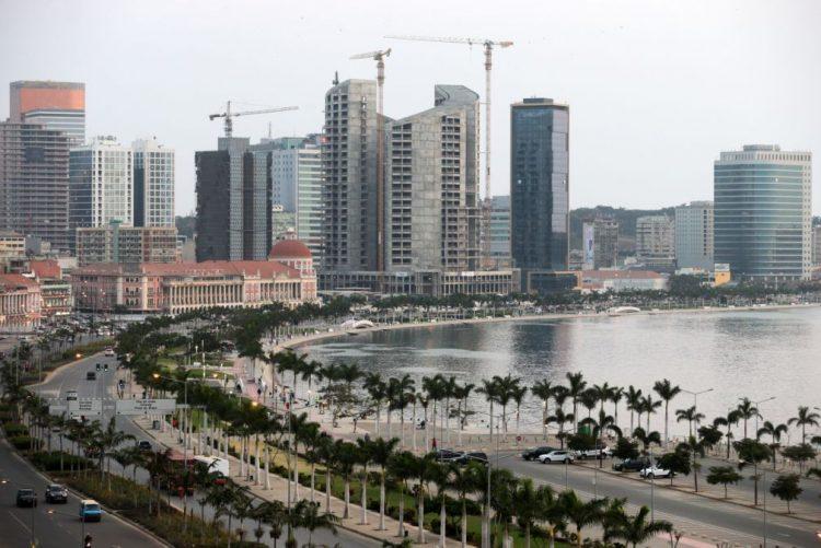 INE angolano pede às empresas que