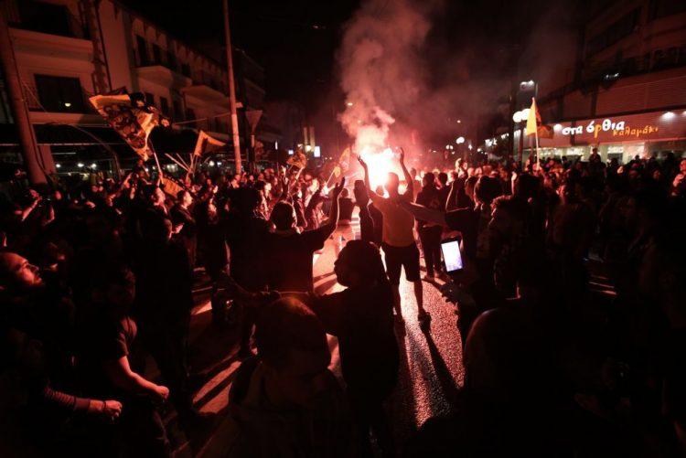 Confrontos entre adeptos do PAOK e do AEK horas antes da final da Taça da Grécia