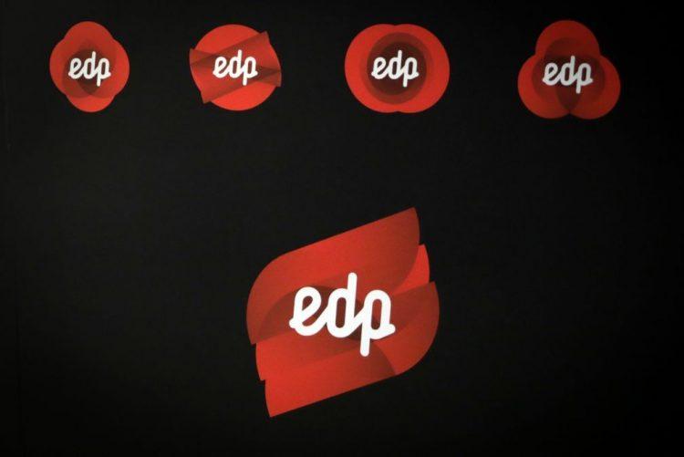 Pequenos investidores consideram OPA à EDP natural mas querem saber mais