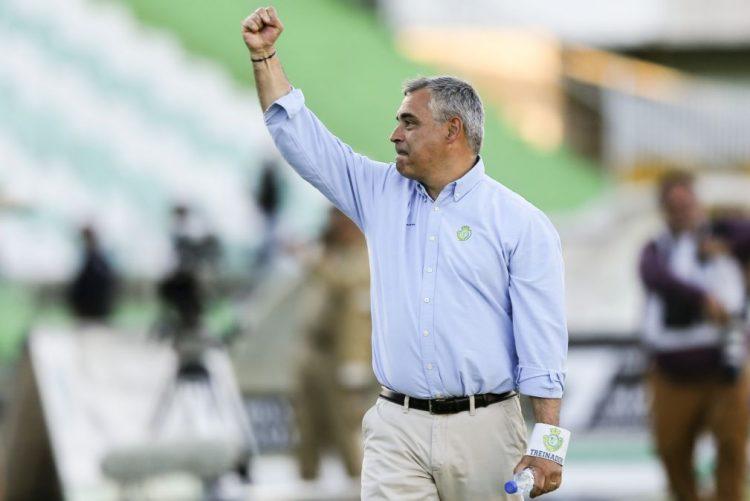 José Couceiro anuncia saída do Vitória de Setúbal