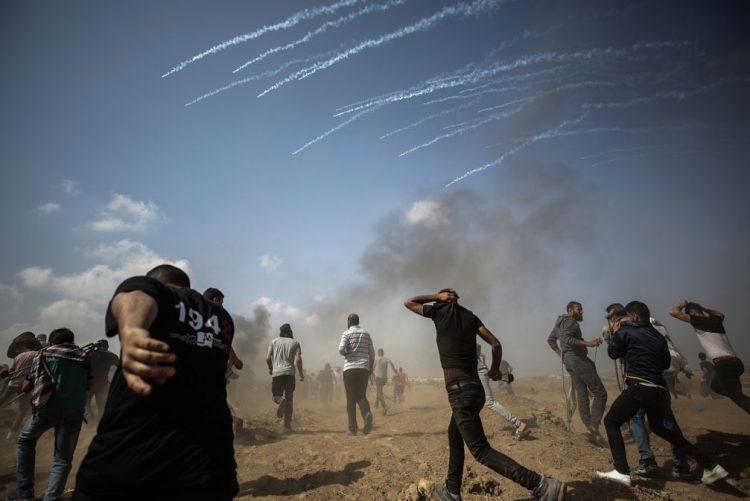 Dezasseis palestinianos mortos e 500 feridos em Gaza