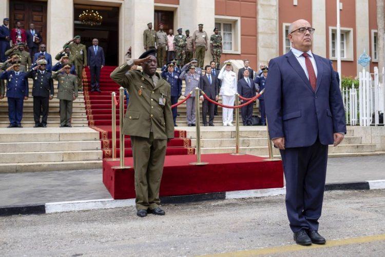 Ministro português recebido de surpresa por João Lourenço destaca amizade com Angola