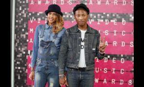 Pharrel Williams Cantor deixa música e dedica-se à restauração