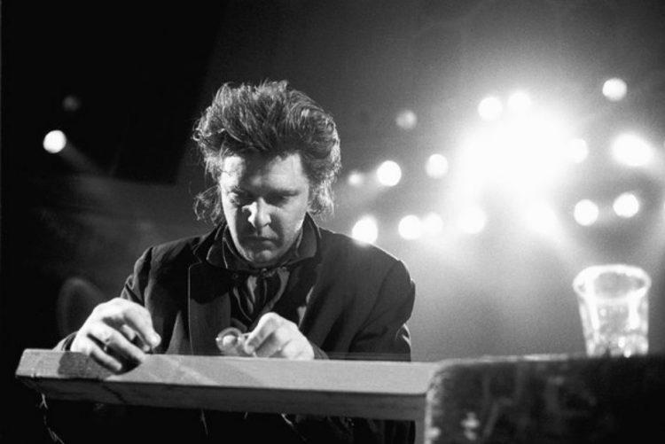 Morreu o música e compositor de culto Glenn Branca