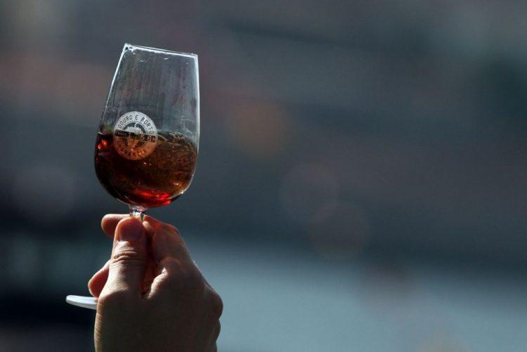 Recorde do Guiness de maior prova de vinho do Porto batido em Lisboa