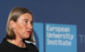 Potências europeias e Irão querem manter acordo nuclear