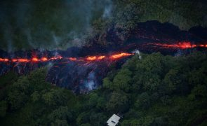 Alerta vermelho para «grande erupção vulcânica iminente» no Havai