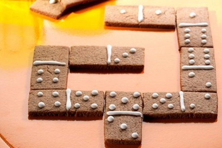 Já viu esta receita de bolo dominó?