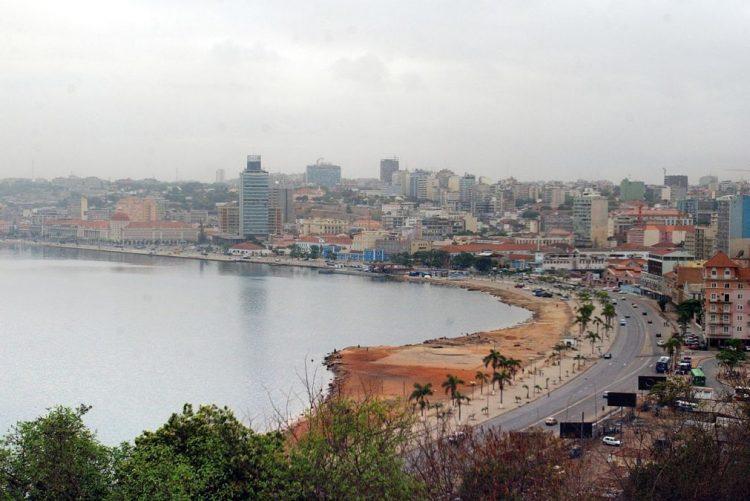 Cidadãos angolanos acusam empresa brasileira de burla de mais de 203 MEuro