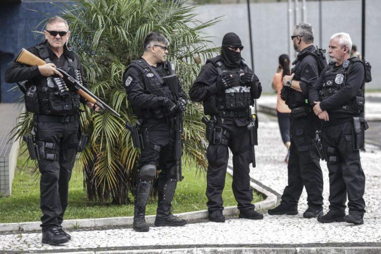 Maior operação de combate à pornografia no Brasil resulta na prisão de 100 pessoas