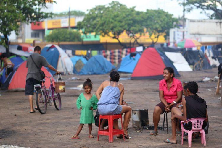 Estudo mostra que falta emprego para 27,7 milhões de brasileiros